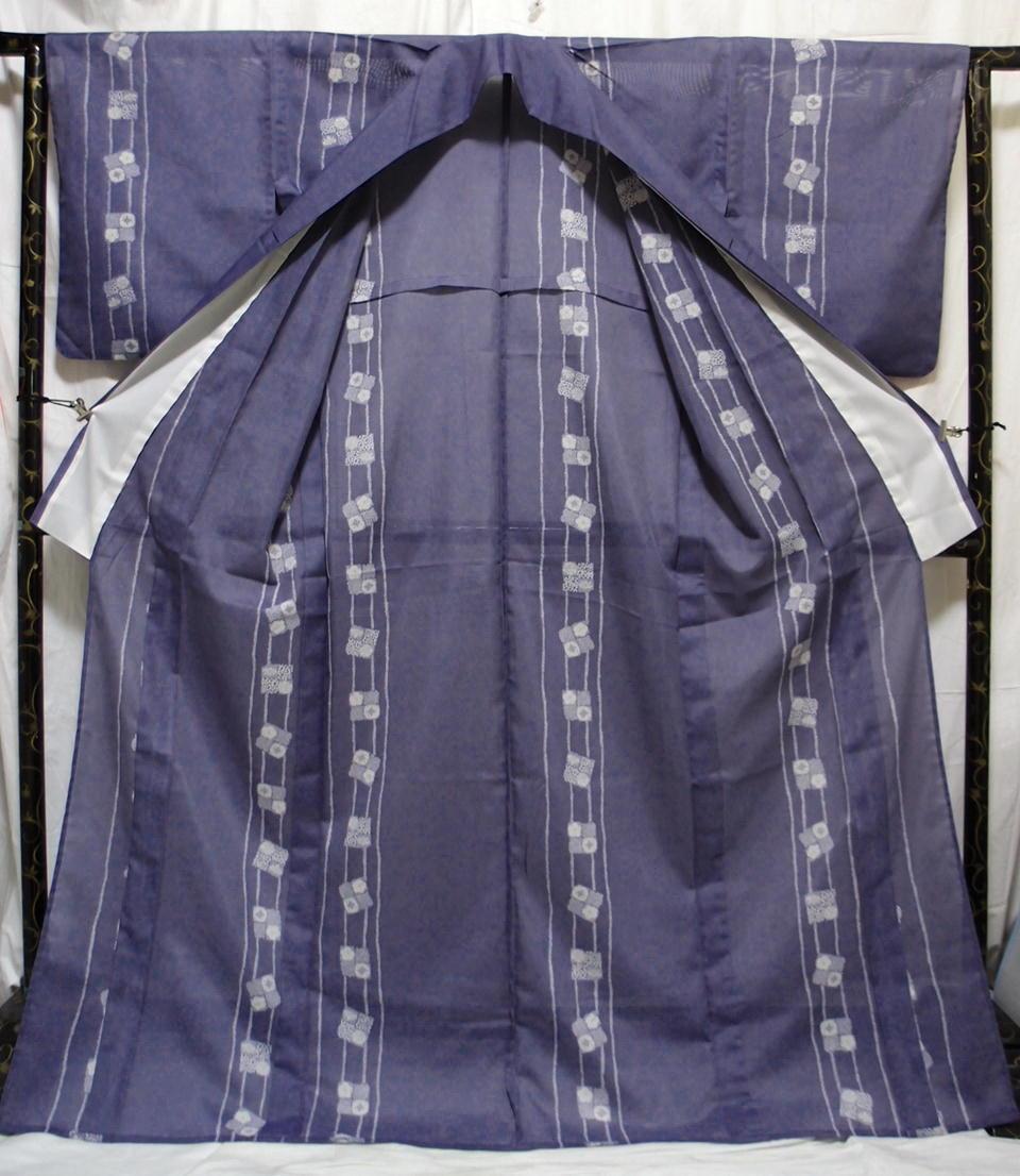 送料無料 夏 薄物 絽 洗える着物 身丈163cm裄66.5cm りんどう色 手縫いミシン縫い併用 縦縞四角文様 小紋 美品 7月8月 追加画像_画像5