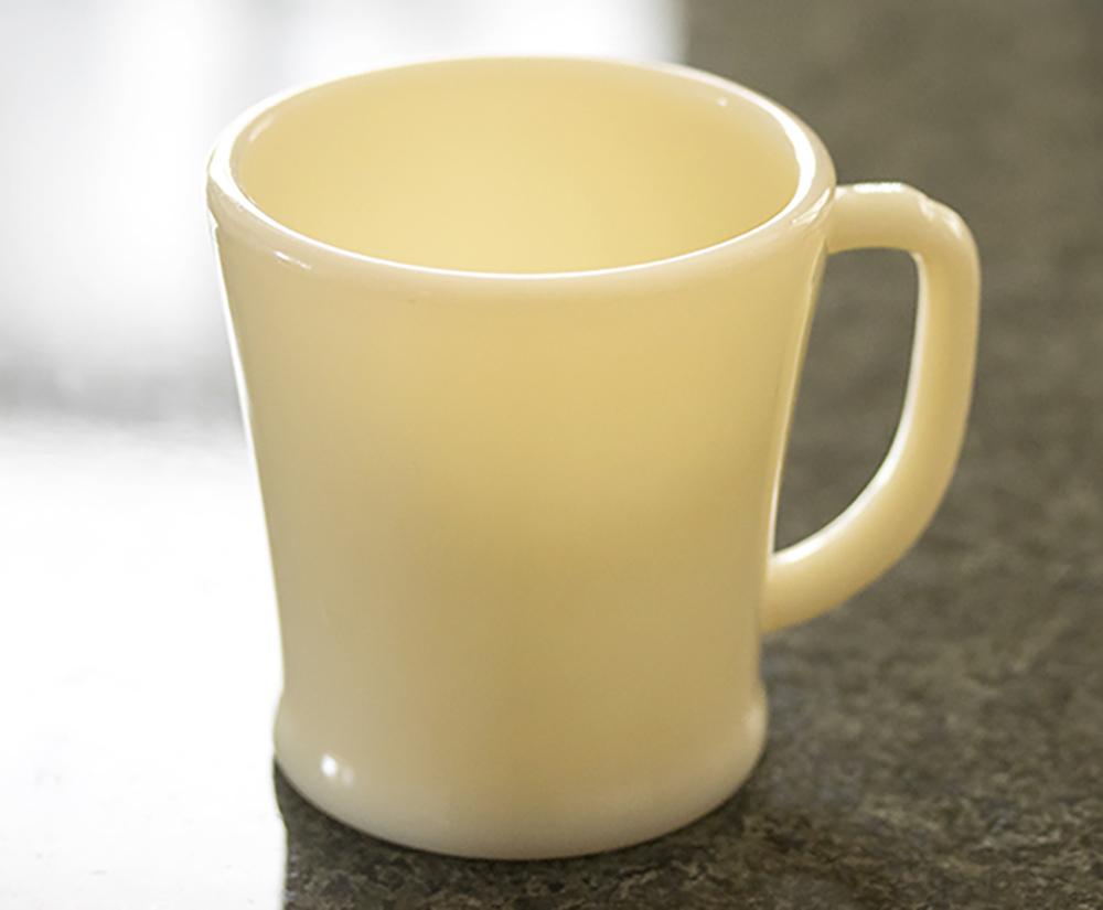 ミント! ファイヤーキング マグ アイボリー フラットボトム 1940年代 ミルクガラス コーヒー アメリカ製 ビンテージ アンティーク カップ