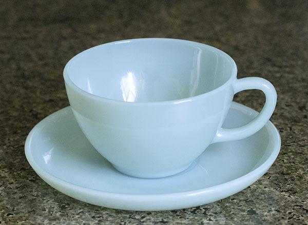 美品! ファイヤーキング ターコイズブルー カップ&ソーサー 耐熱 1950年代 ミルクグラス コーヒー ティー 紅茶 ビンテージ