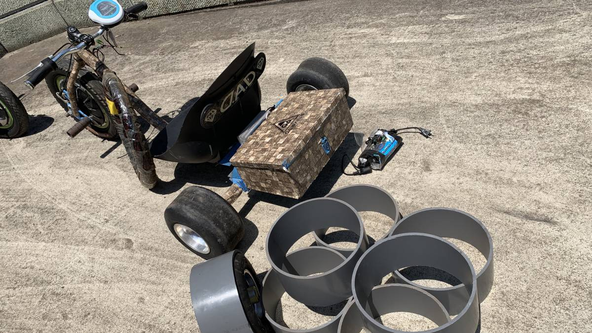 電動キックボード 電動 ドリフト トライク 直接引き取り限定 千葉市 フルセット 電動 スケート ボード_画像3