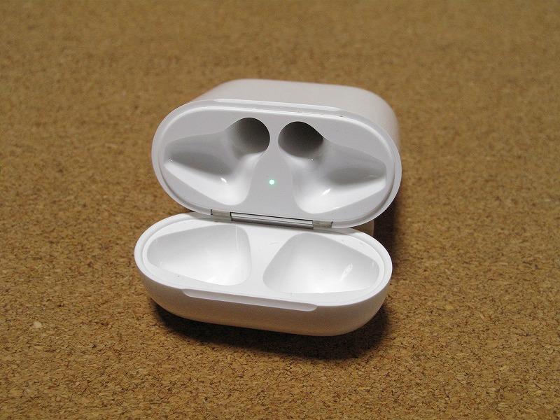 Apple アップル Air Pods エアーポッズ A1602 ワイヤレスイヤホン Bluetooth接続 MMEF2J/A シリコンケース付き_画像6