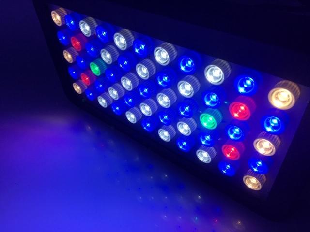 アクアリウムライト LEDライト クリアーレンズ仕様 1ヶ月保証付き 165W出力 120W 調光機能付き 3W×LEDチップ55個 サンゴ水槽