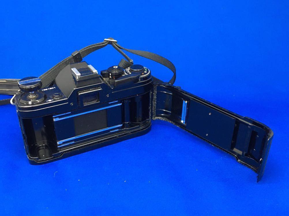 h 必見! 中古品 Canon AE-1 FD 50mm 1:1.8 s.c. / CANON LENS 200mm 1:4 s.s.c. / 付属品等 まとめて 動作未確認 ジャンク扱い !_画像6