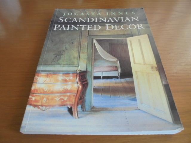 洋書Scandinavian Painted Decor  スカンジナビアンの装飾ペイント 家具 壁 天井 トールペイント ステンシル