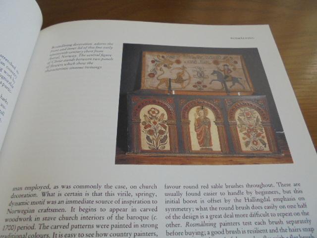 洋書Scandinavian Painted Decor  スカンジナビアンの装飾ペイント 家具 壁 天井 トールペイント ステンシル_画像4