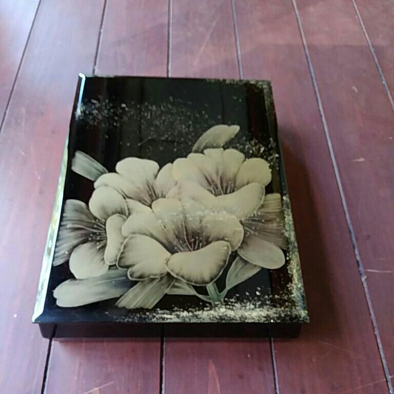 漆塗り、文箱、ナシジ、花沈金でほつてます。_画像1