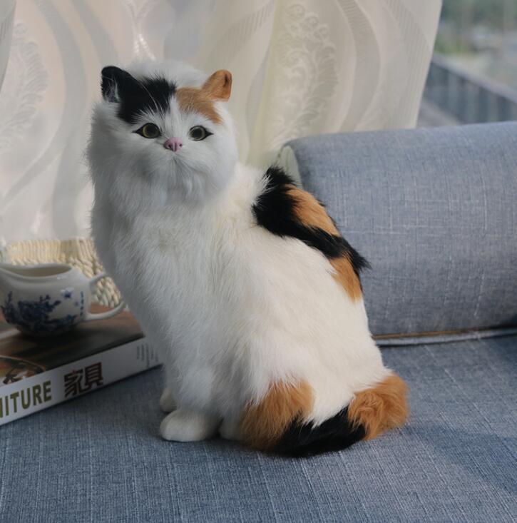 可愛らしい フェルト猫 ☆ハンドメイド キジ猫 家具装飾品 1
