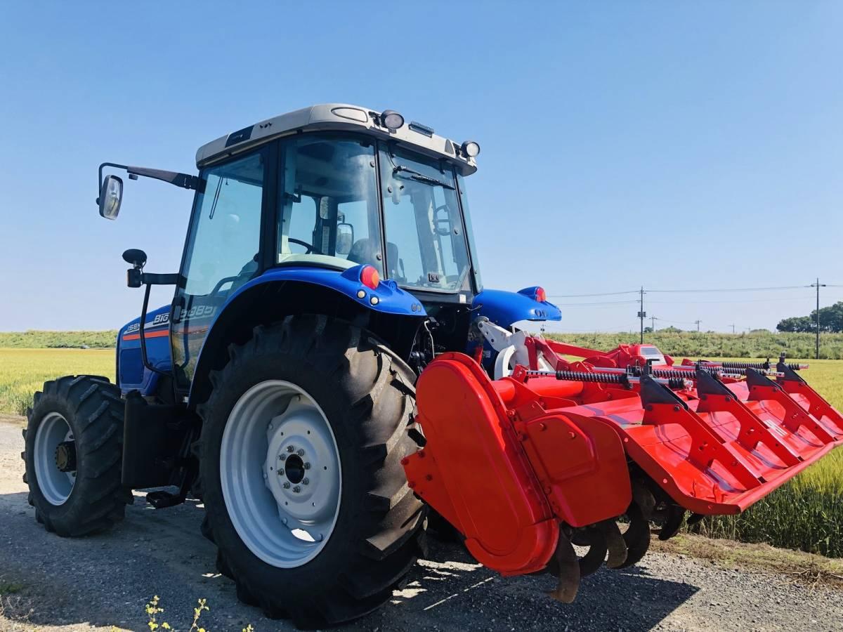イセキ BigT 5085 トラクター 4WD エアコンキャビン 85馬力 新品タイヤ 外部油圧取り出し2系統_画像4