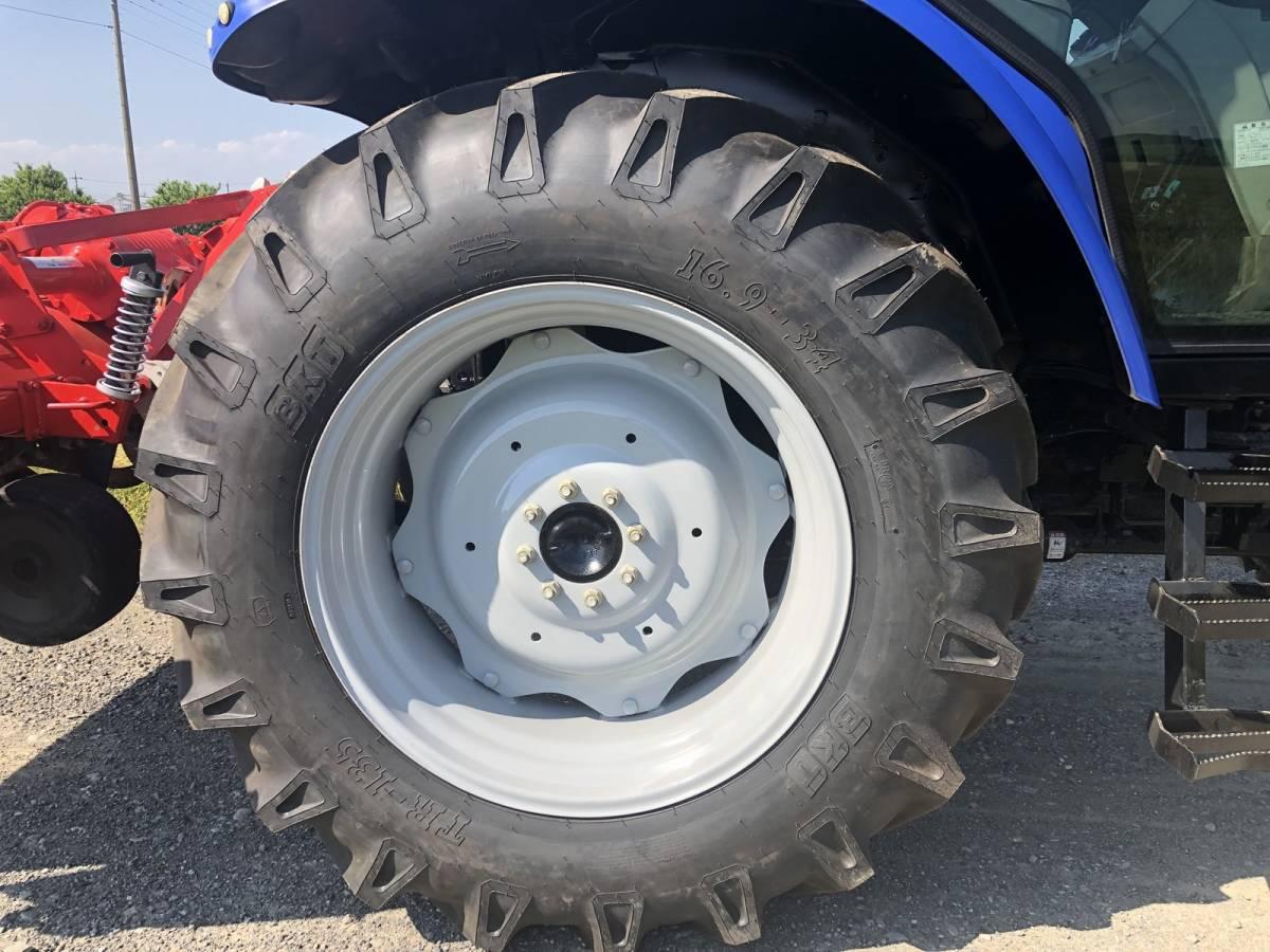 イセキ BigT 5085 トラクター 4WD エアコンキャビン 85馬力 新品タイヤ 外部油圧取り出し2系統_画像10
