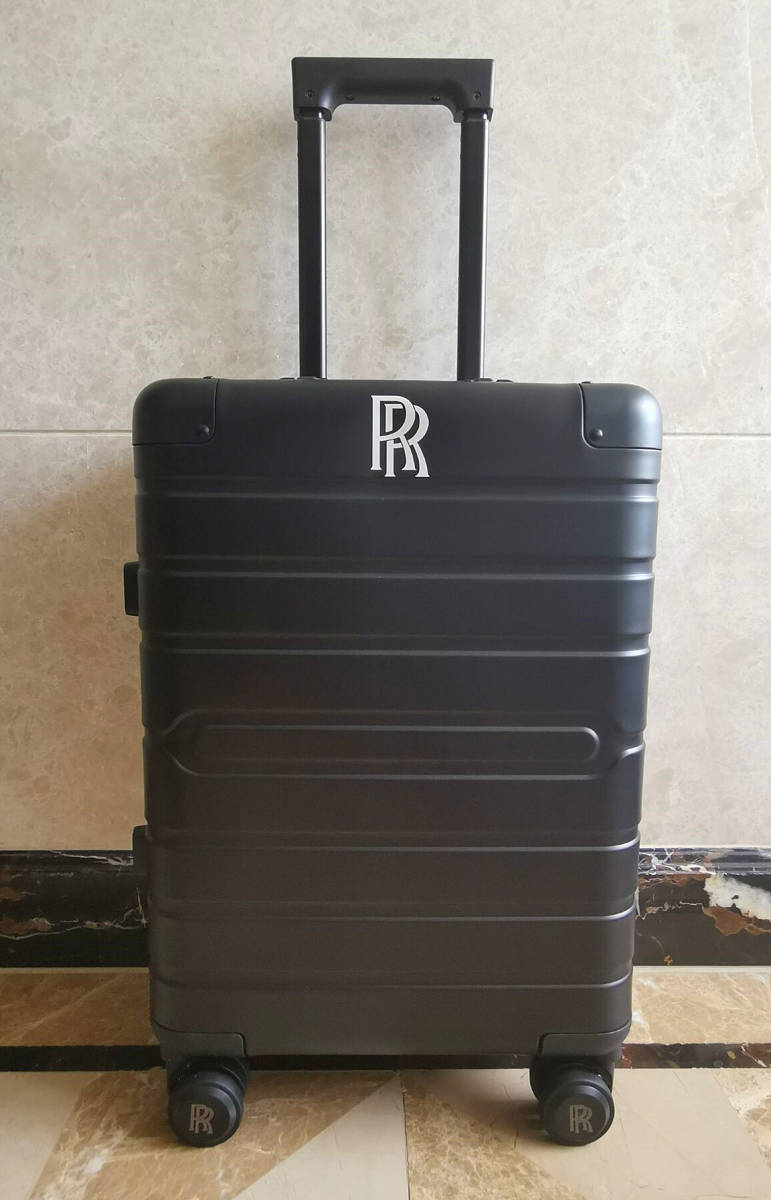 再入荷・在庫僅か※最高峰・38万※ロールスロイス/Rolls-Royce※純正オールアルミ・マグネシウム合金製・スーツケース/キャリーケース・黒_画像3