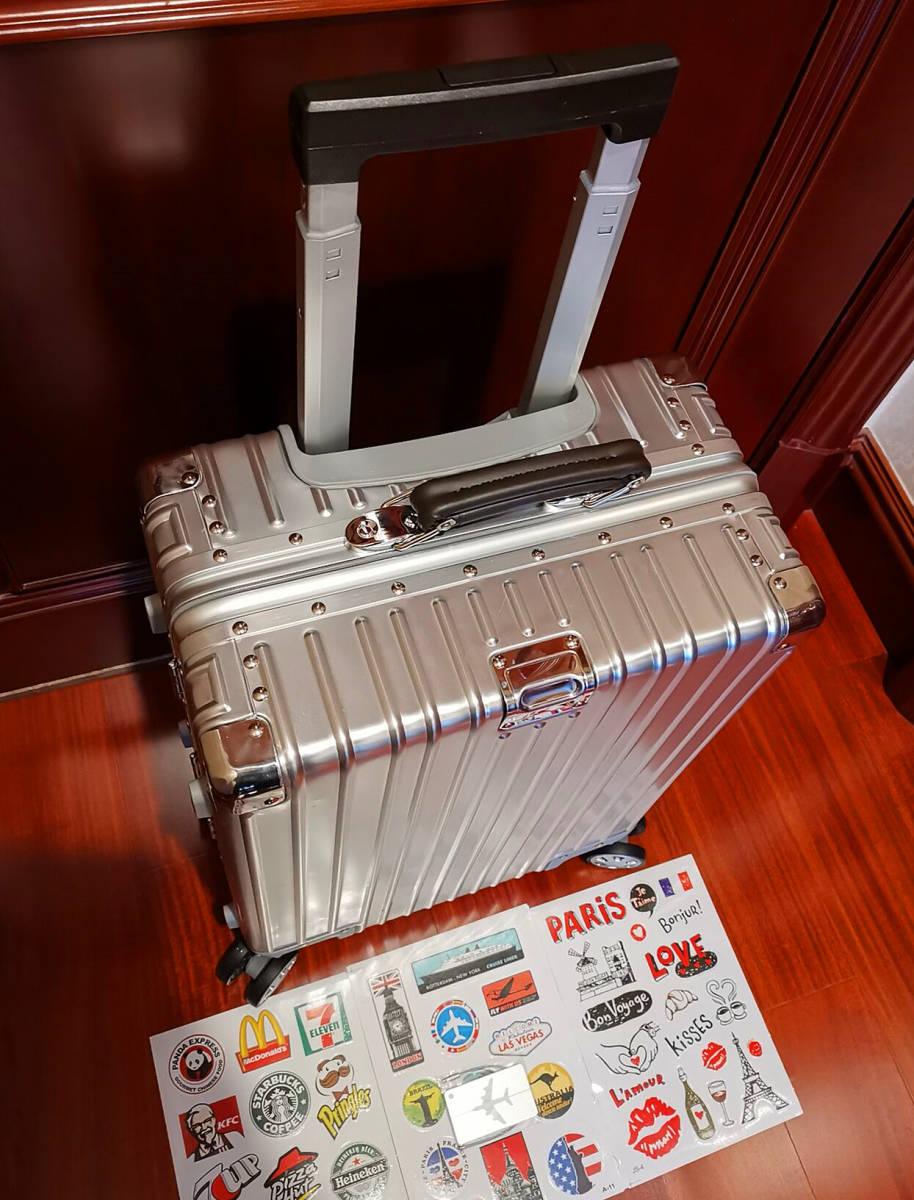 最上級※EU基準※オールアルミマグネシウム合金製・軽量/静音・TSAロック搭載スーツケース・キャリーケース※限定ステッカー5枚付_画像7