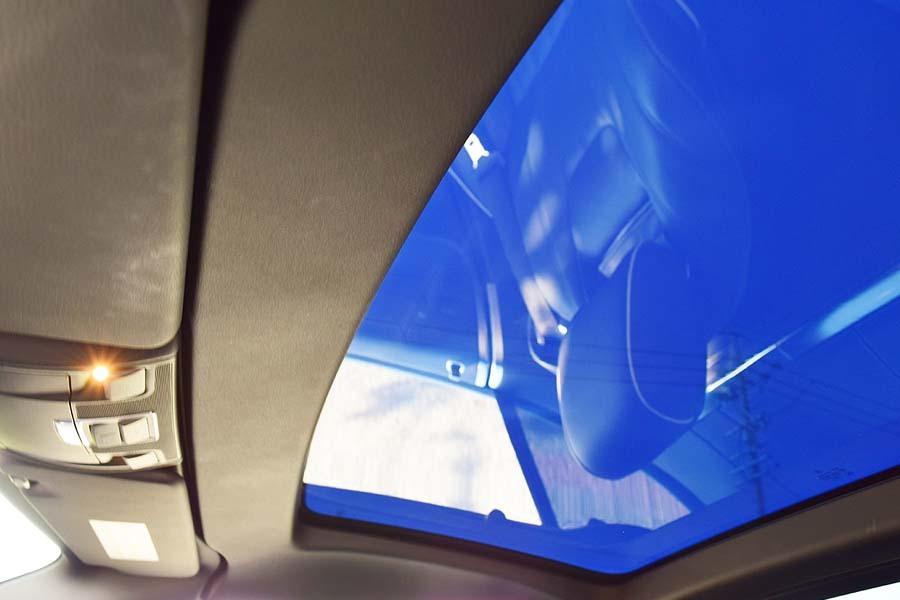 ガレージ保管 ディーラー完全メンテナンス済 メルセデスベンツSL350BE AMGスポーツP 最高級ロードスター 是非現車確認如何ですか?_画像4