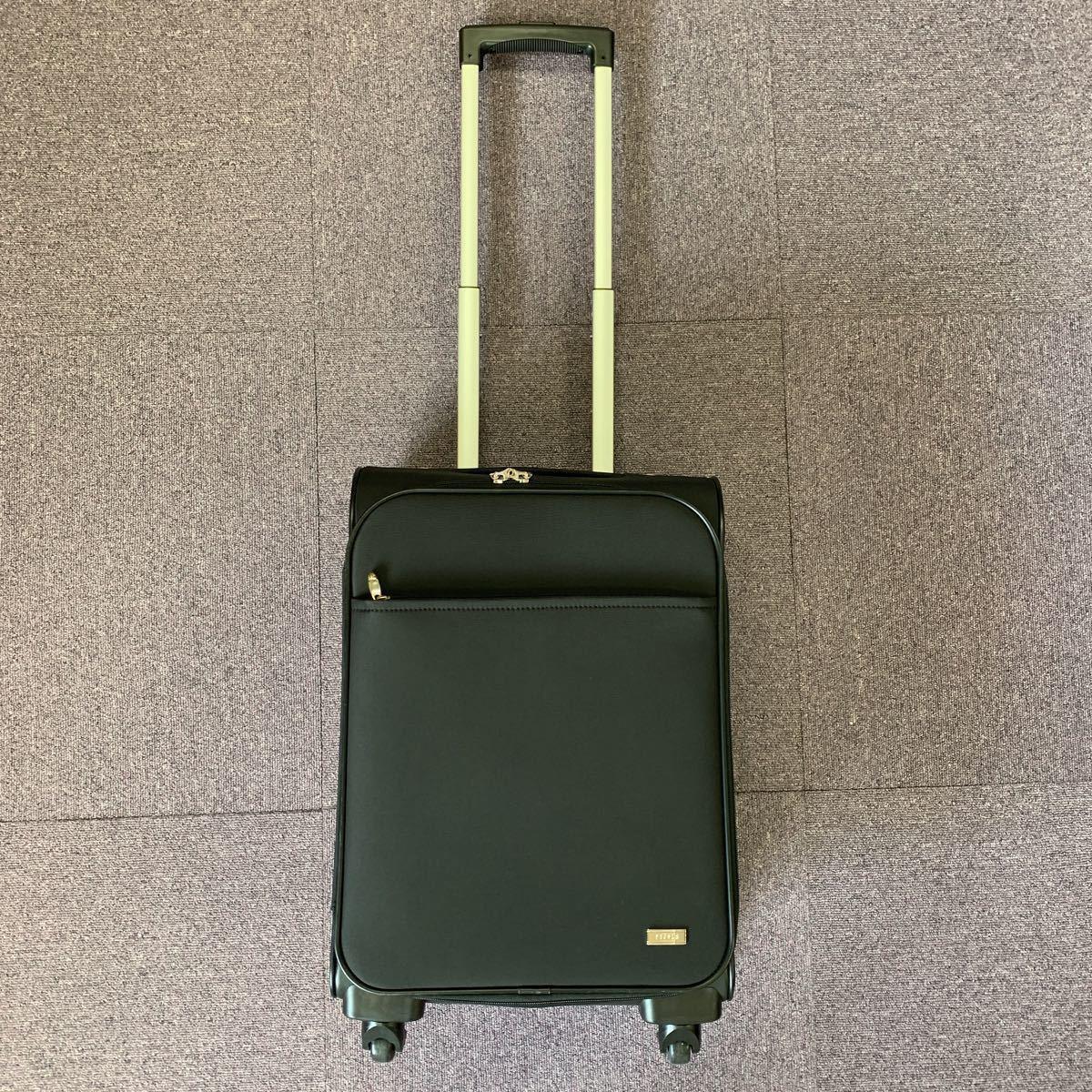 美品!ACE ビジネスキャリーバッグ ポーチ付 PUJOLS 旅行バッグカバン スーツケース エース 4輪_画像4