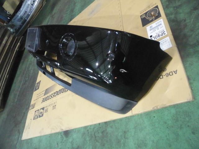 【LM44】 平成16年式 レンジローバー 純正 フロントバンパー フォグ付き ホースメント付き 黒色 中古品_画像3