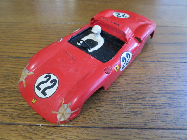 monogram models inc スロットカー フェラーリ 330P モーター2個付き_画像2