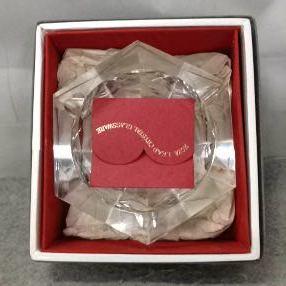 g_t v016 ガラス工芸 HOYAクリスタル 「ガラスの灰皿 」 箱付 未使用品