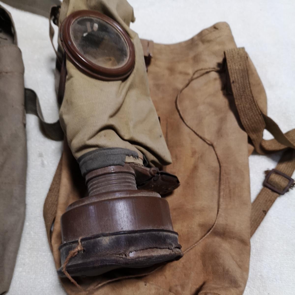 戦前 日本軍 防毒マスク ガスマスク 防毒 ケース 袋 3個 昭和化工 _画像2