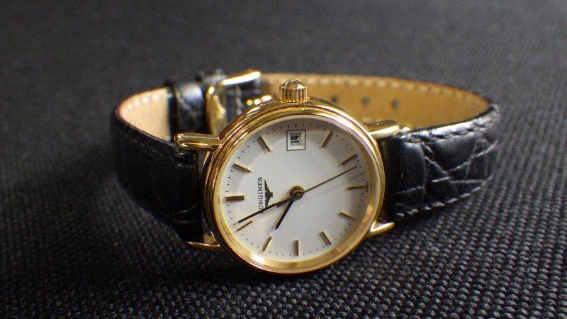★ LONGINES ロンジン 【 L4.220.2 】ゴールド レディース クォーツ腕時計★美品_画像3