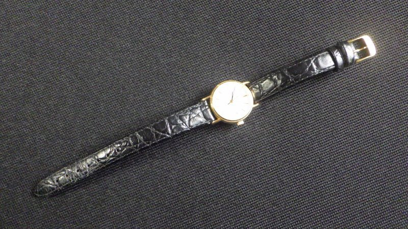 ★ LONGINES ロンジン 【 L4.220.2 】ゴールド レディース クォーツ腕時計★美品_画像4