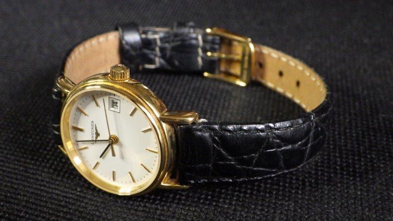 ★ LONGINES ロンジン 【 L4.220.2 】ゴールド レディース クォーツ腕時計★美品_画像9