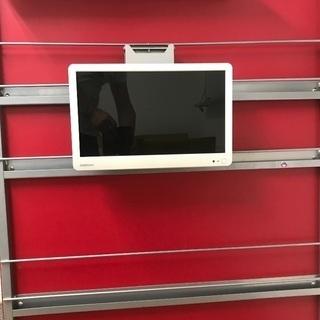 美品!地デジ16V型 ORIONオリオン BKS16W2 LEDハイビジョン液晶テレビです。_壁掛けにした時のイメージです。