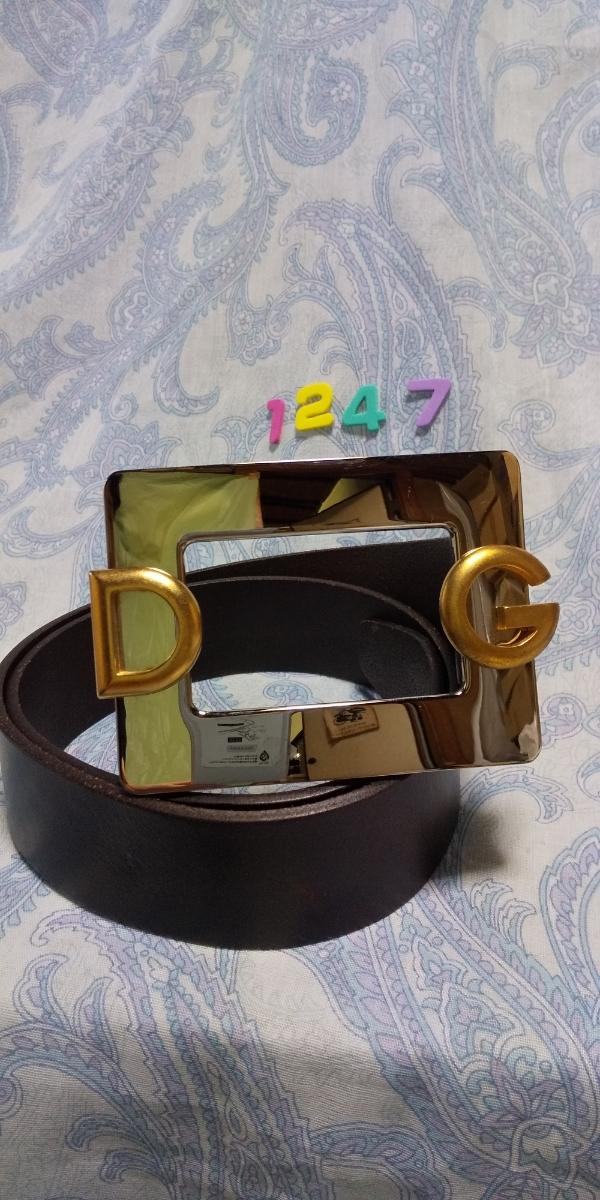 1247 ドルチェ&ガッバーナ DG ロゴつきシルバースクエアバックル 焦げ茶色レザー ベルト イタリア ミラノ サイズ 80_画像1