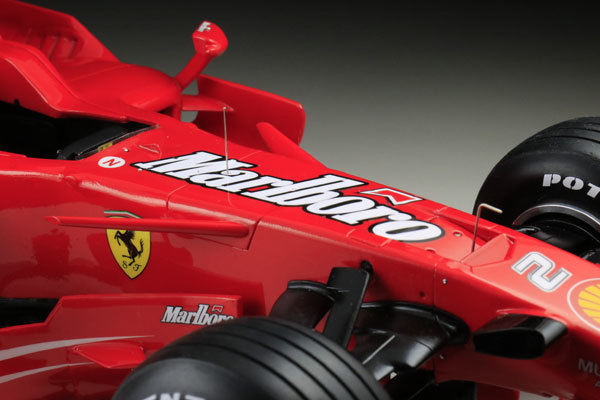 MFH 1/12 フェラーリ F2008 マルボロ仕様 完成品_画像5