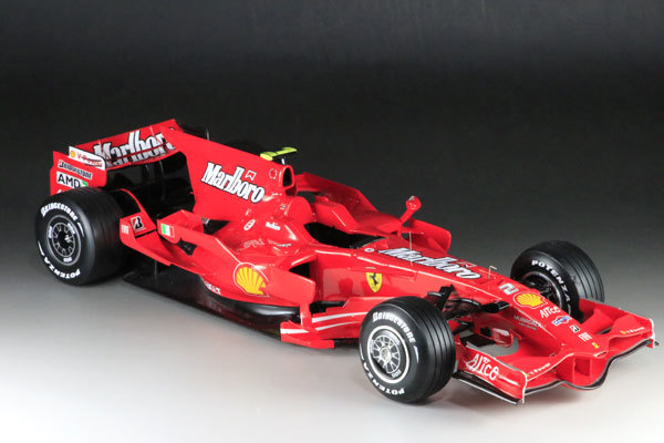 MFH 1/12 フェラーリ F2008 マルボロ仕様 完成品_画像2