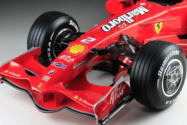 MFH 1/12 フェラーリ F2008 マルボロ仕様 完成品_画像4