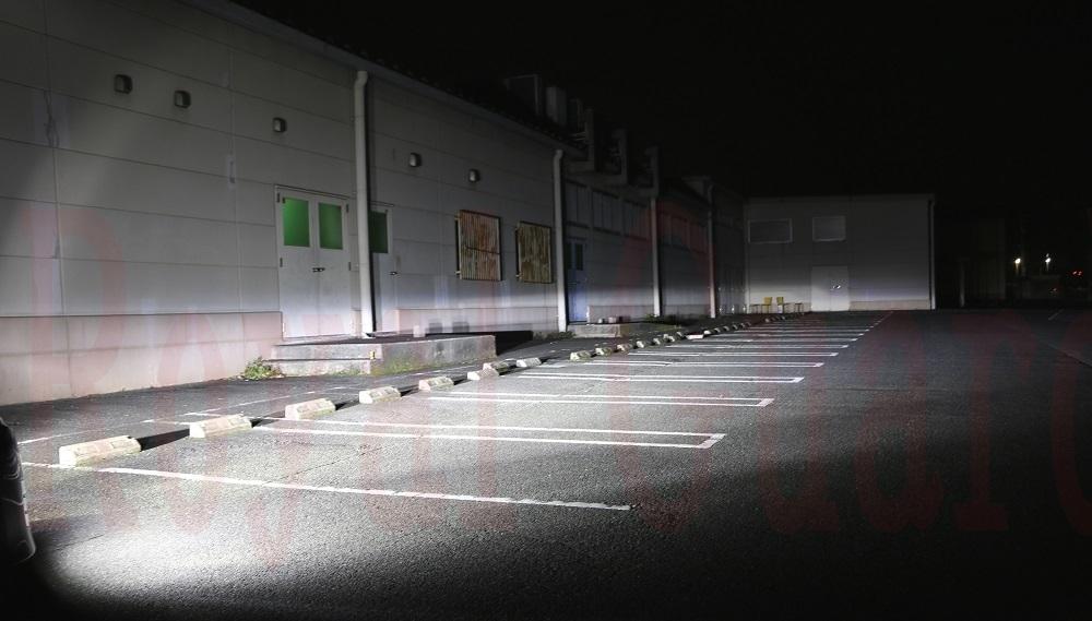 100系 200系 ハイエース等 保安基準上限光度 LED ヘッドライト フォグ 24000LM 6000k Royal Guard H1 H3 H4 HI/LO H8 H9 H11 H16 HB3 HB4_画像2