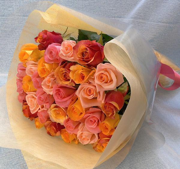 30本のバラ ラッピング付き 送料込み バラの季節到来大特価_画像2