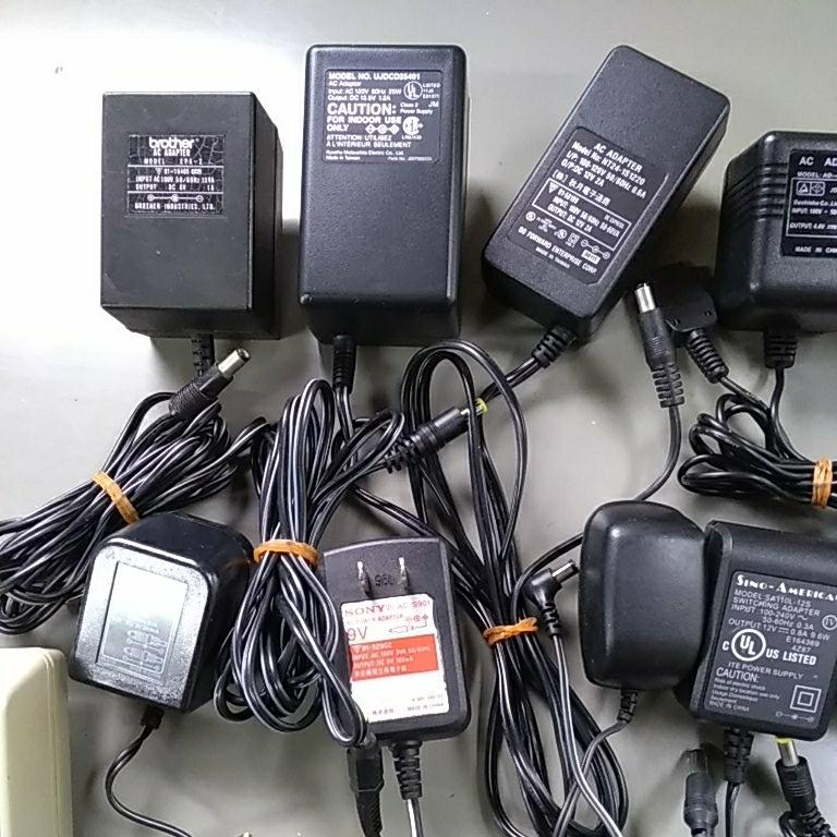 ACアダプター大量 充電器 シガーソケット給電ケーブルなど まとめて_画像2