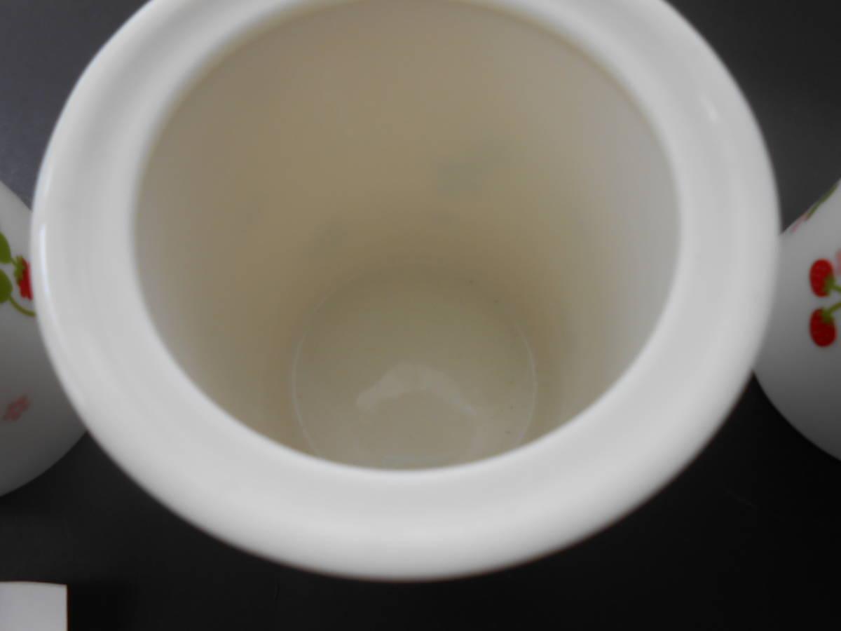 マザーガーデン 密閉容器 保存容器 3個 セット 磁器製 野いちご ブルーベリー  未使用 カントリーキッチン_画像4