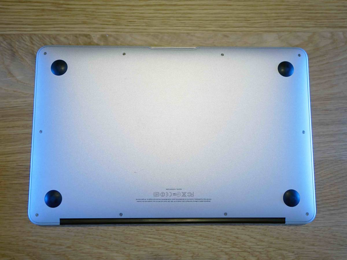 Apple MacBook Air A1370 Core 2 Duo 1.4/128G/4G/11.6インチ/_画像7