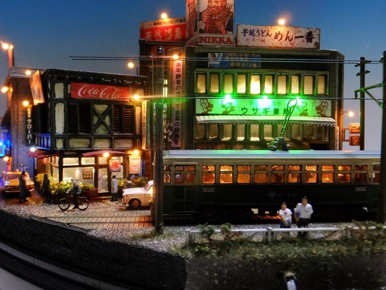 ◆1/150ジオラマ【昭和の情景】賑わう繁華街 LEDケース付◆ _画像5