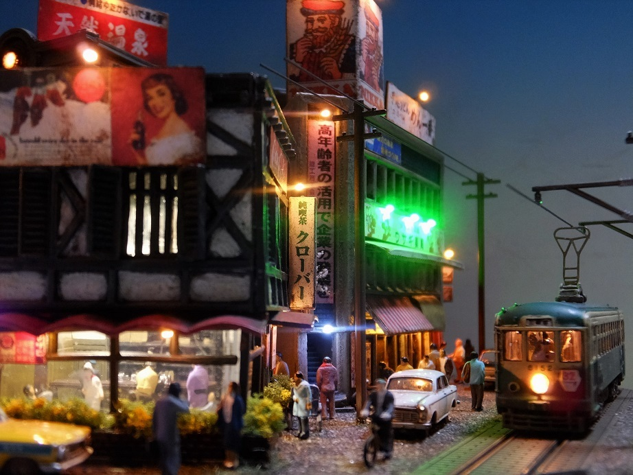 ◆1/150ジオラマ【昭和の情景】賑わう繁華街 LEDケース付◆
