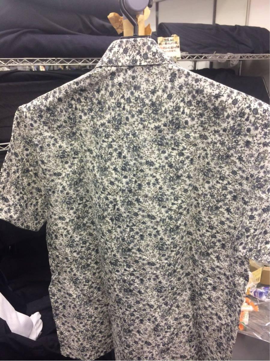 G-STAGE ジーステージ ワイシャツ Mサイズ 花柄 グレー ハンカチ付き_画像2