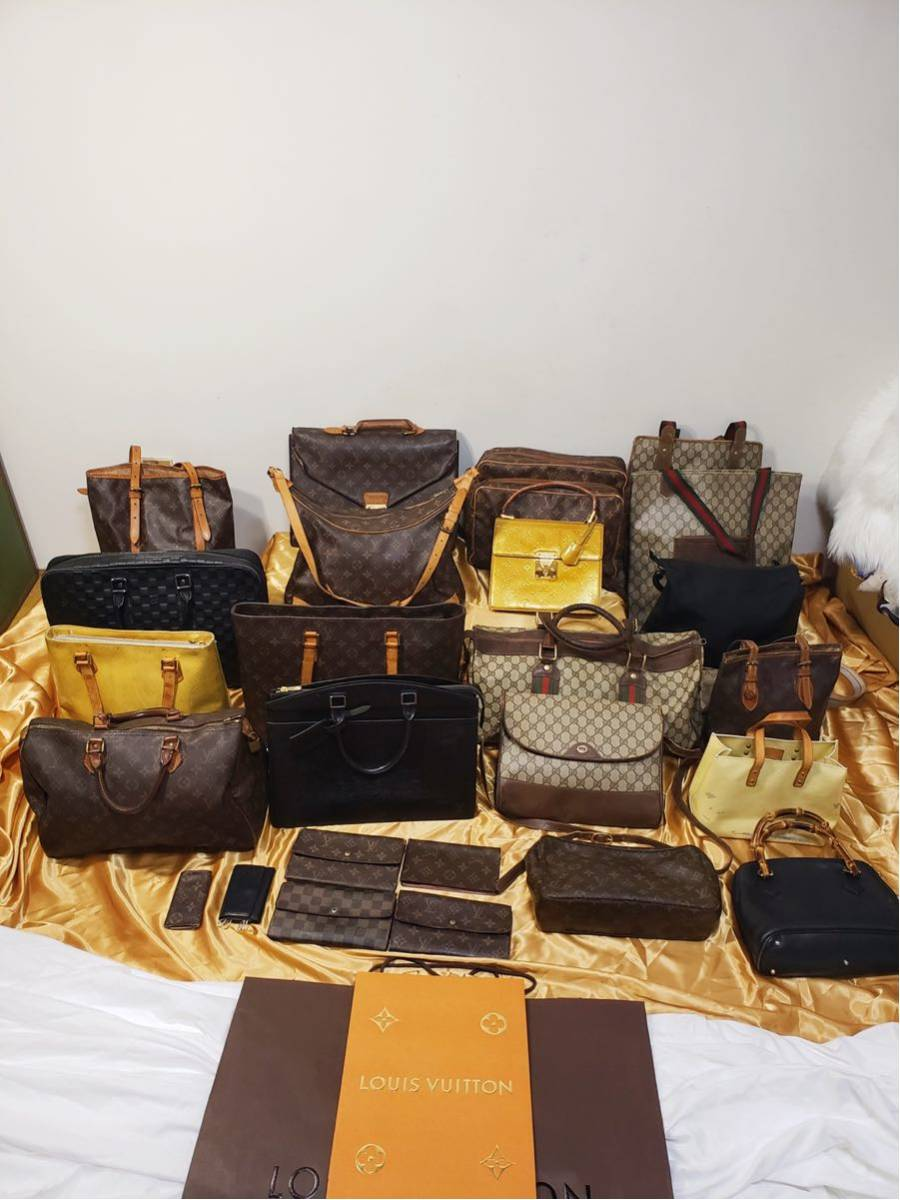big sale 3d328 7d6b4 グッチ バッグの値段と価格推移は?|7,115件の売買情報を集計 ...