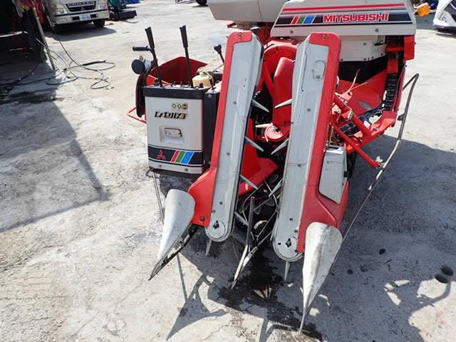 1円スタート! 売切り! 三菱 コンバイン レセルダ ML1000 乗用 ディーゼルエンジン 中古農機具 10PS _画像5