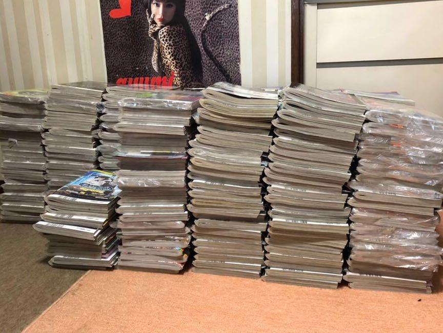 超激レア 創刊から2016年まで 総数 約250冊 前代未聞の未使用 全付録付き ヤングガンガン セット売り DVD 37個付き ポスター カレンダなど