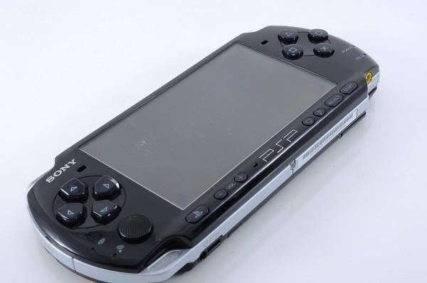 【新品同様】 PSP-3000 本体 ピアノ ブラック PSP 3000 希少 付属品完備_画像5