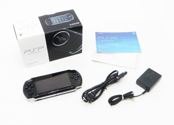 【新品同様】 PSP-3000 本体 ピアノ ブラック PSP 3000 希少 付属品完備_画像4