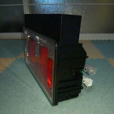 小糸製作所 LEDテールランプ 2連 左右セット_画像5