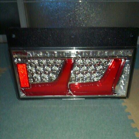 小糸製作所 LEDテールランプ 2連 左右セット_画像6