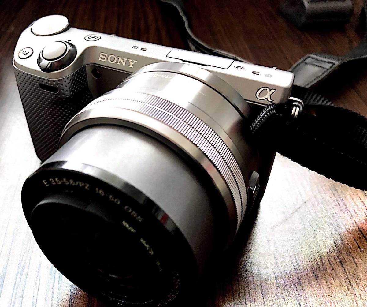 【中古美品】SONY NEX-5RL(純正バッテリー2個、純正革ケース付属)_画像2