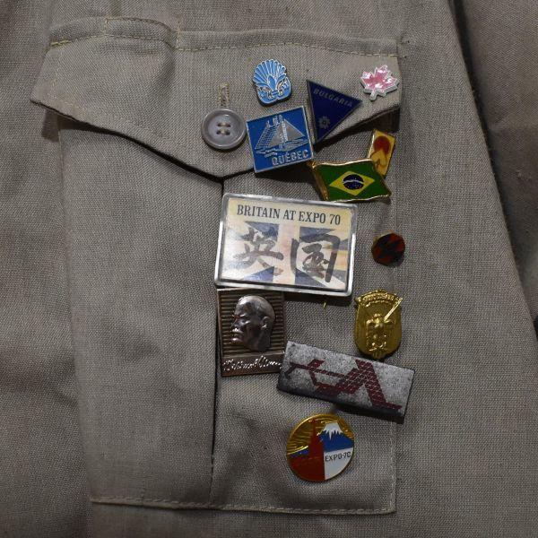 1970年 大阪万博 協会警備隊 制服シャツ ピンバッジ多数 当事物_画像3