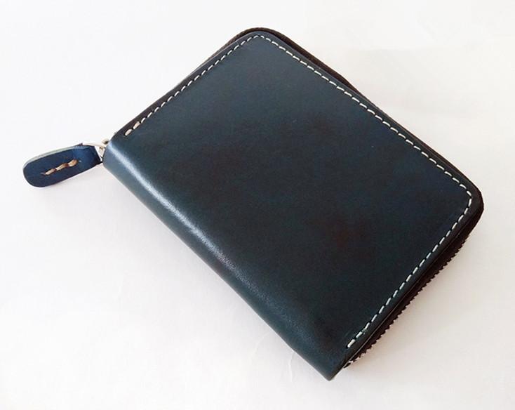 【エイジングを楽しむ】 イタリアンレザー 新品 未使用 メンズ 財布 二つ折り コンチョ 本革 革 牛革 ヌメ革 ミニ 青KF99_画像2