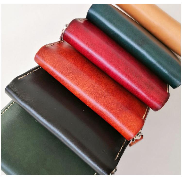 【エイジングを楽しむ】 イタリアンレザー 新品 未使用 メンズ 財布 二つ折り コンチョ 本革 革 牛革 ヌメ革 ミニ 青KF99