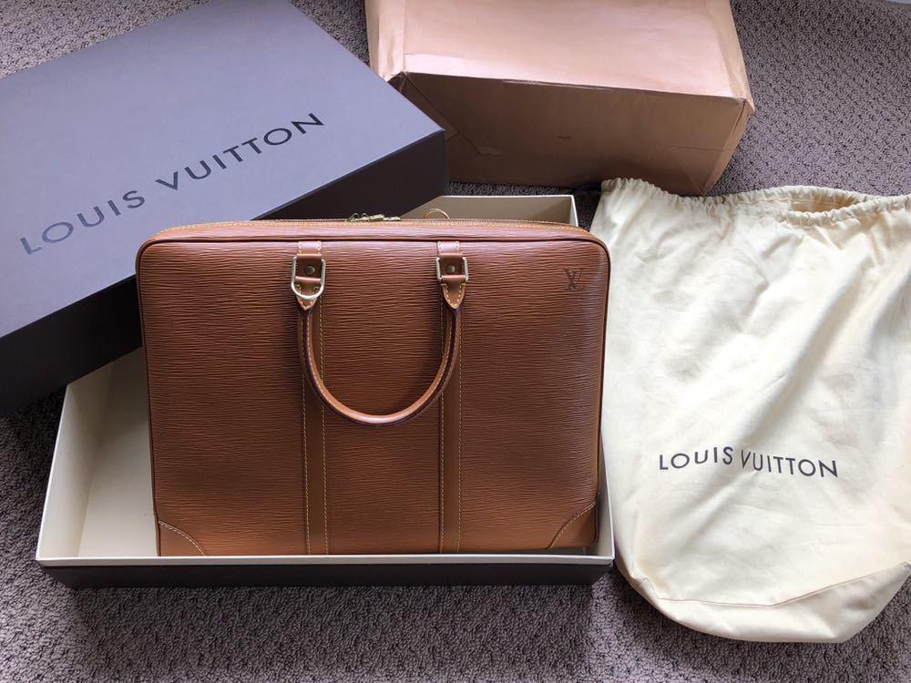極美品 ほぼ未使用 使用1回のみ ルイ ヴィトン Louis Vuitton エピ ブラウン 茶 ビジネスバッグ