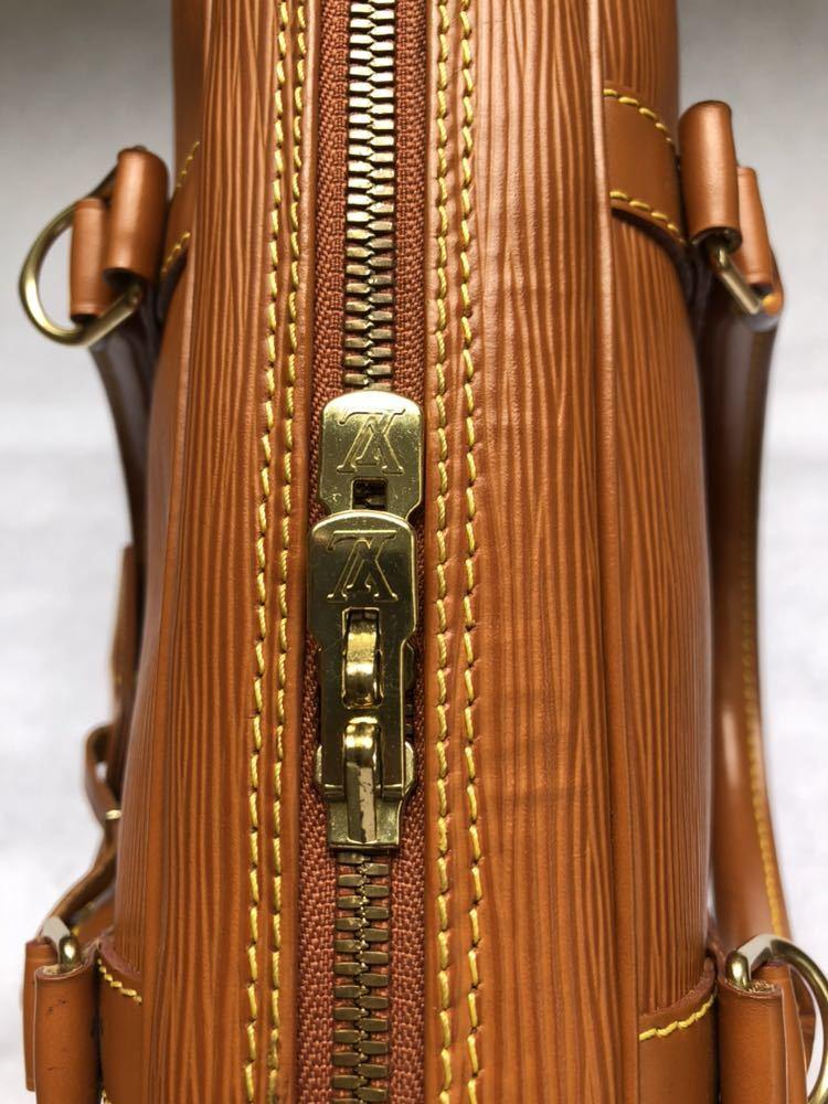 極美品 ほぼ未使用 使用1回のみ ルイ ヴィトン Louis Vuitton エピ ブラウン 茶 ビジネスバッグ _画像5